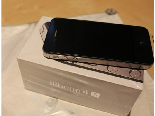 Nieuwe Apple iPhone 4S 64GB Unlocked